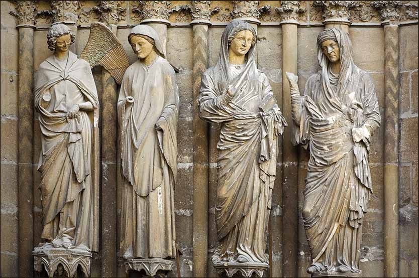 Visitation of Mary and Elizabeth, carving on Reims Cathedral